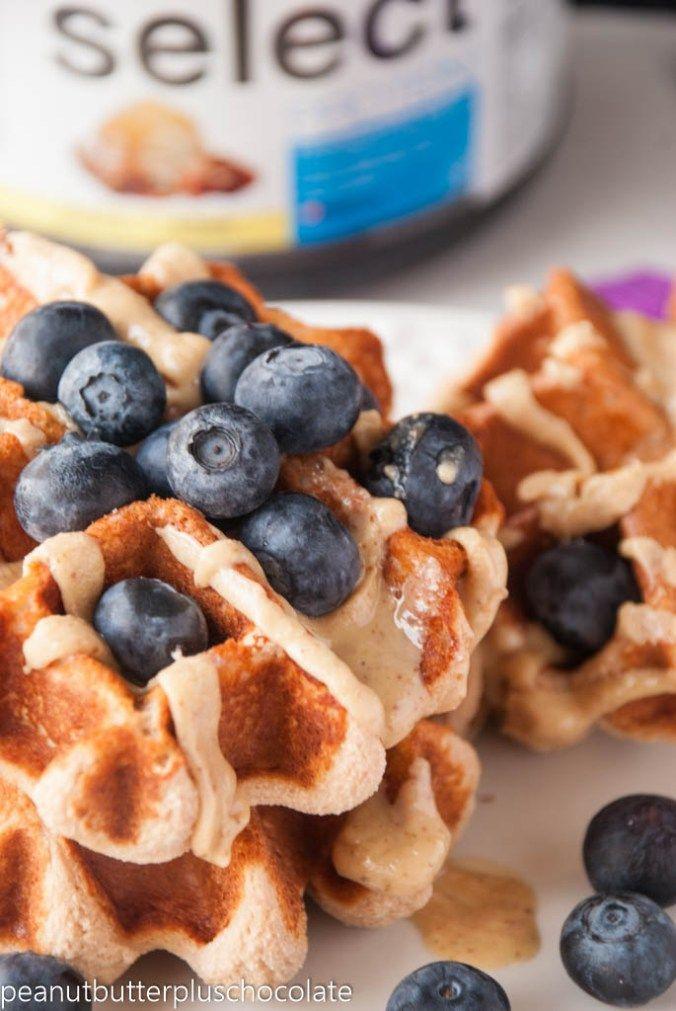 Four Ingredient Blondie Protein Waffles #proteinpowderpancakes