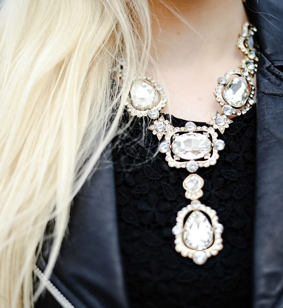 Large Crystals Statement Necklace 33,90 € #happinessbtq