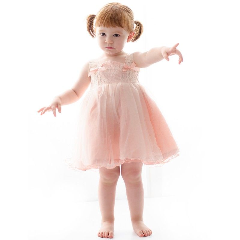 Precioso vestido de tul con mangas largas transparentes para ...