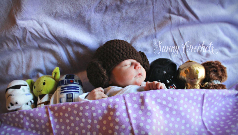 Star Wars Princess Leia inspired hat, Newborn Photo Prop, Baby Shower Gift, Halloween Costume, Princess Leia Hat, Star Wars, Newborn Hat, by SunnyCrochets on Etsy https://www.etsy.com/listing/262929744/star-wars-princess-leia-inspired-hat