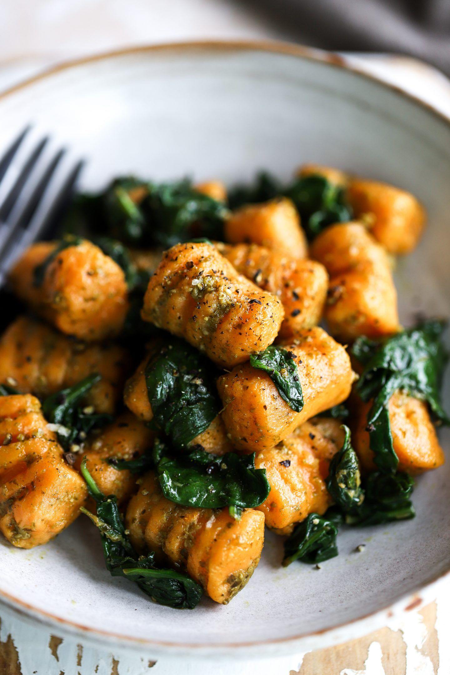 Sweet Potato Pesto Gnocchi Opskrift Hovedretter Pinterest