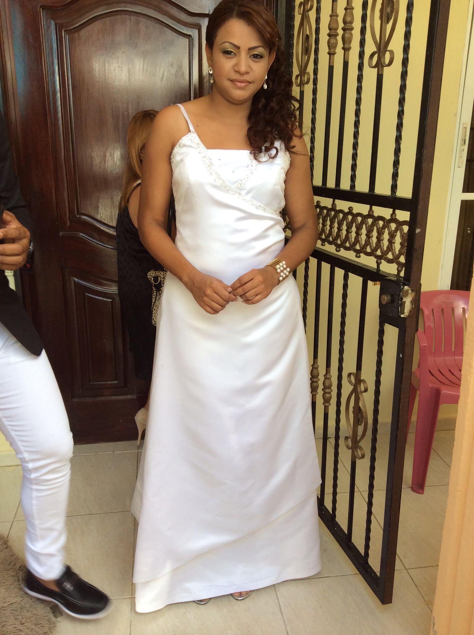 Peinado  de novia y maquillaje  sencillo y facil de aser vestido y prendas doradas