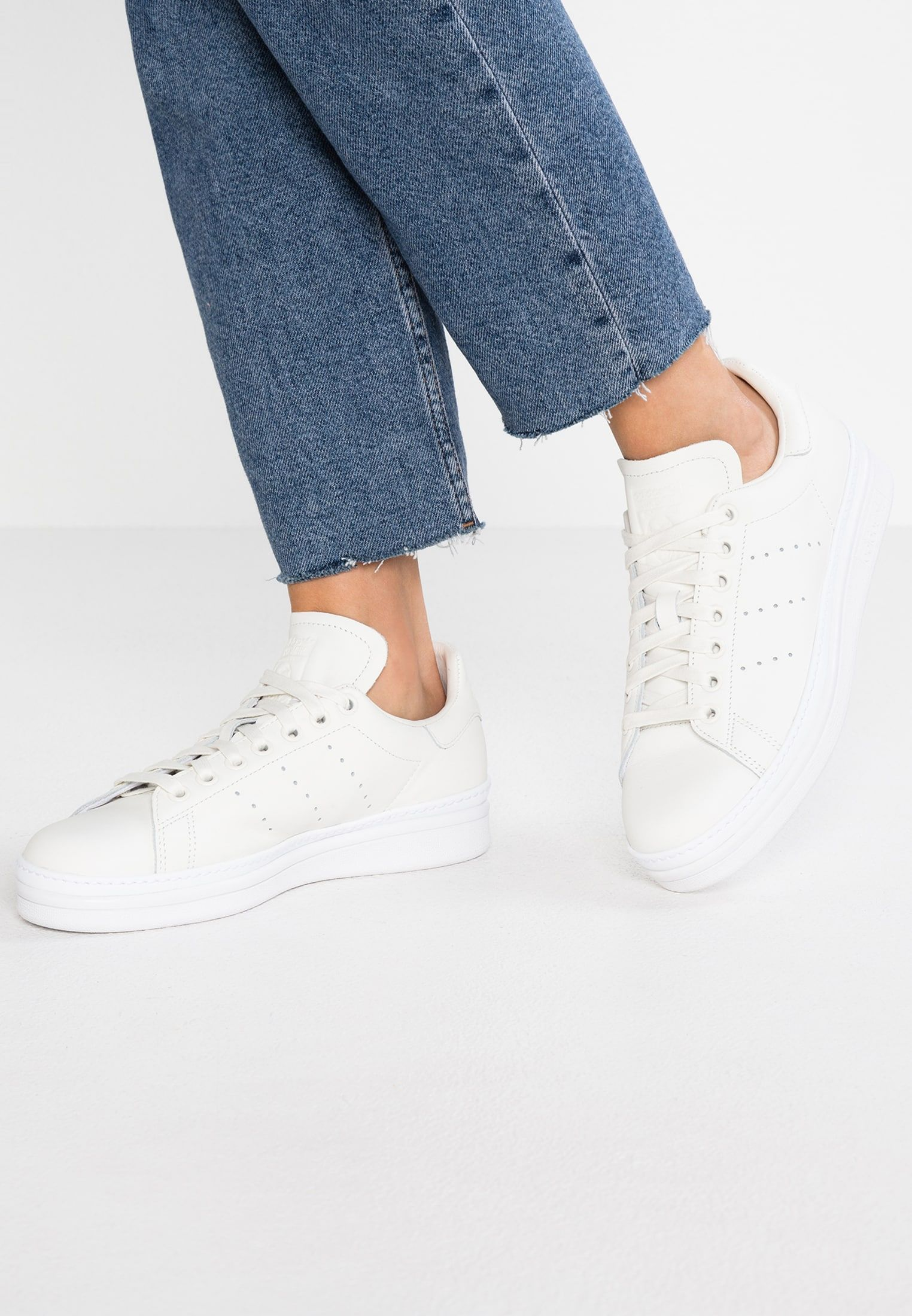 on sale a9e0a a8ae5 adidas Originals STAN SMITH NEW BOLD - Sneakers - cloud white footwear white  - Zalando