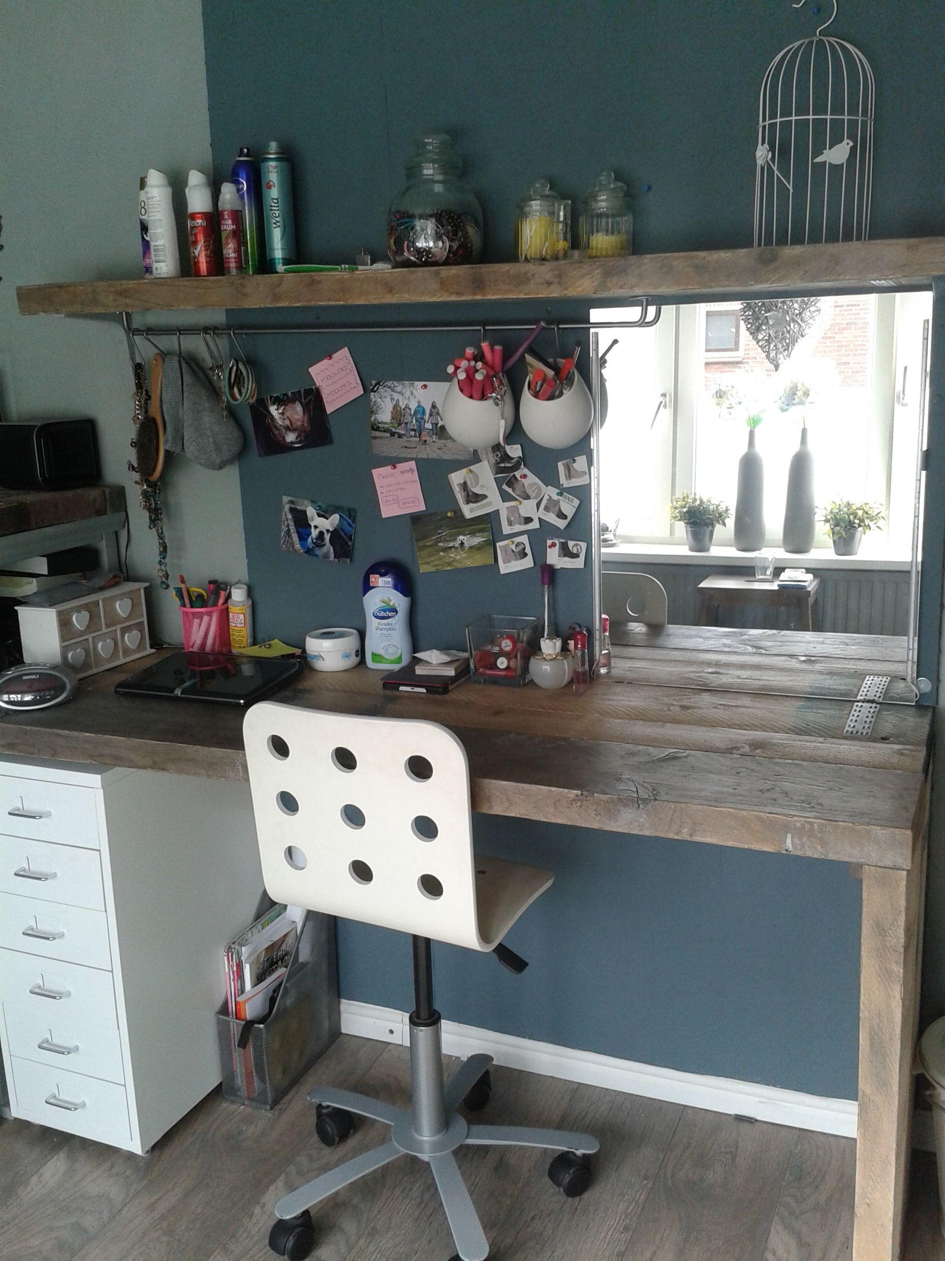 bureau van Steigerhout en make-up spiegel met led verlichting. | My ...
