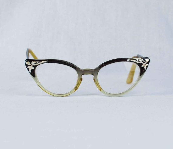 9e8d800df3b Vintage Cat Eye Horn Rim Glasses 1950s by independencevintage