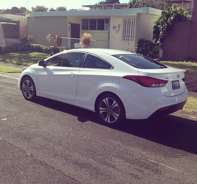 Dream Car 3 Elantra Coupe White With Black Tinted Windows Elantra Coupe Elantra Dream Cars