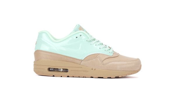 Bows & Arrows Women's Air Max 1 VT QS (Vachetta Tan