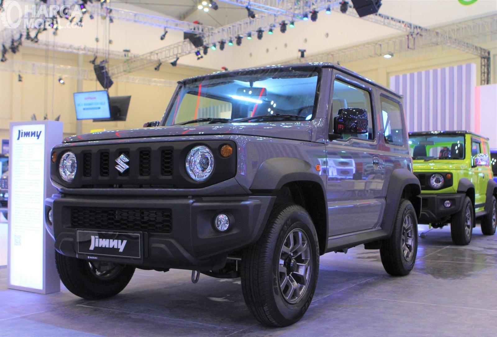 Daftar Harga Suzuki Jimny Mobil Suv Legendaris Kini Hadir Di Indonesia Suv Mobil Mobil Baru