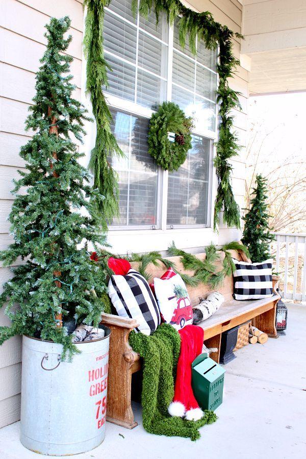 Peachy Our Cozy Christmas Porch Home Decor Christmas Inzonedesignstudio Interior Chair Design Inzonedesignstudiocom