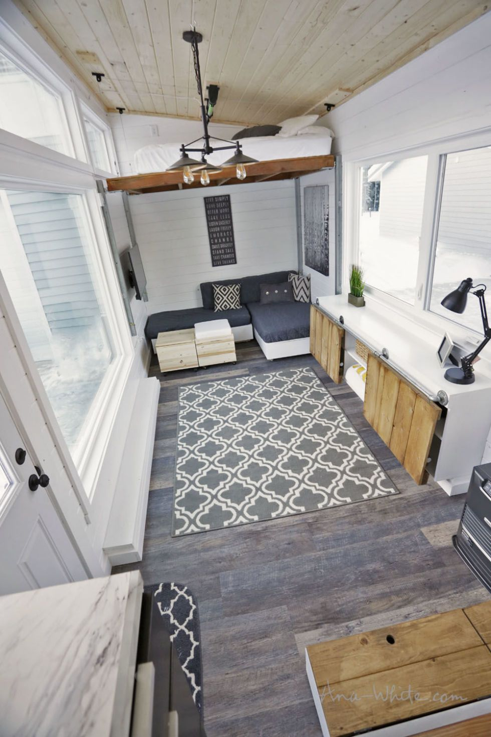 One Genius Idea Freed Up Tons Of Space In This Tiny Home Modern Tiny House Tiny House Plans Tiny House Design