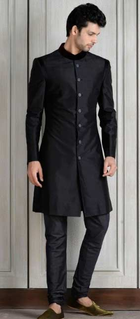 Manish Malhotra Latest Men Wedding Sherwanis Party Suits Collection Consists Of Stylish Formal Dresses Embroidered Sherwani Designs For Groom Boys