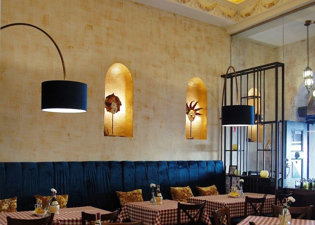 Elegancka Restauracja I Wykwintna Kuchnia O Sole Mio To Kwintesencja Wloskiego Stylu I Smaku Projekt Wnetrza Pracowni Ar Home Decor Interior Design Decor