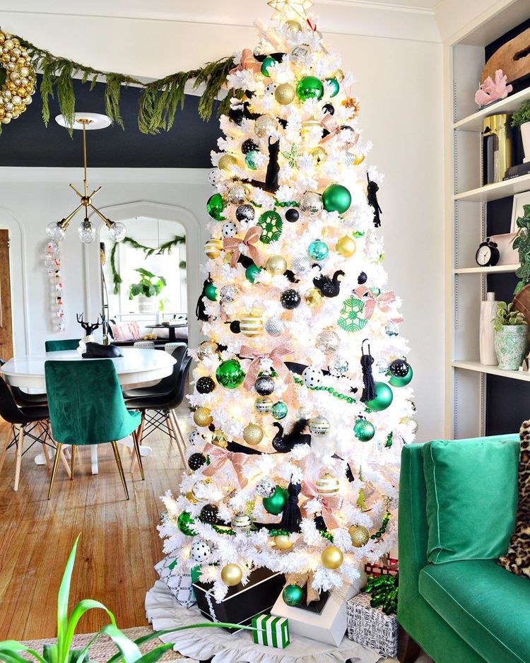 23 Colorful Christmas Trees To Brighten Up The Season