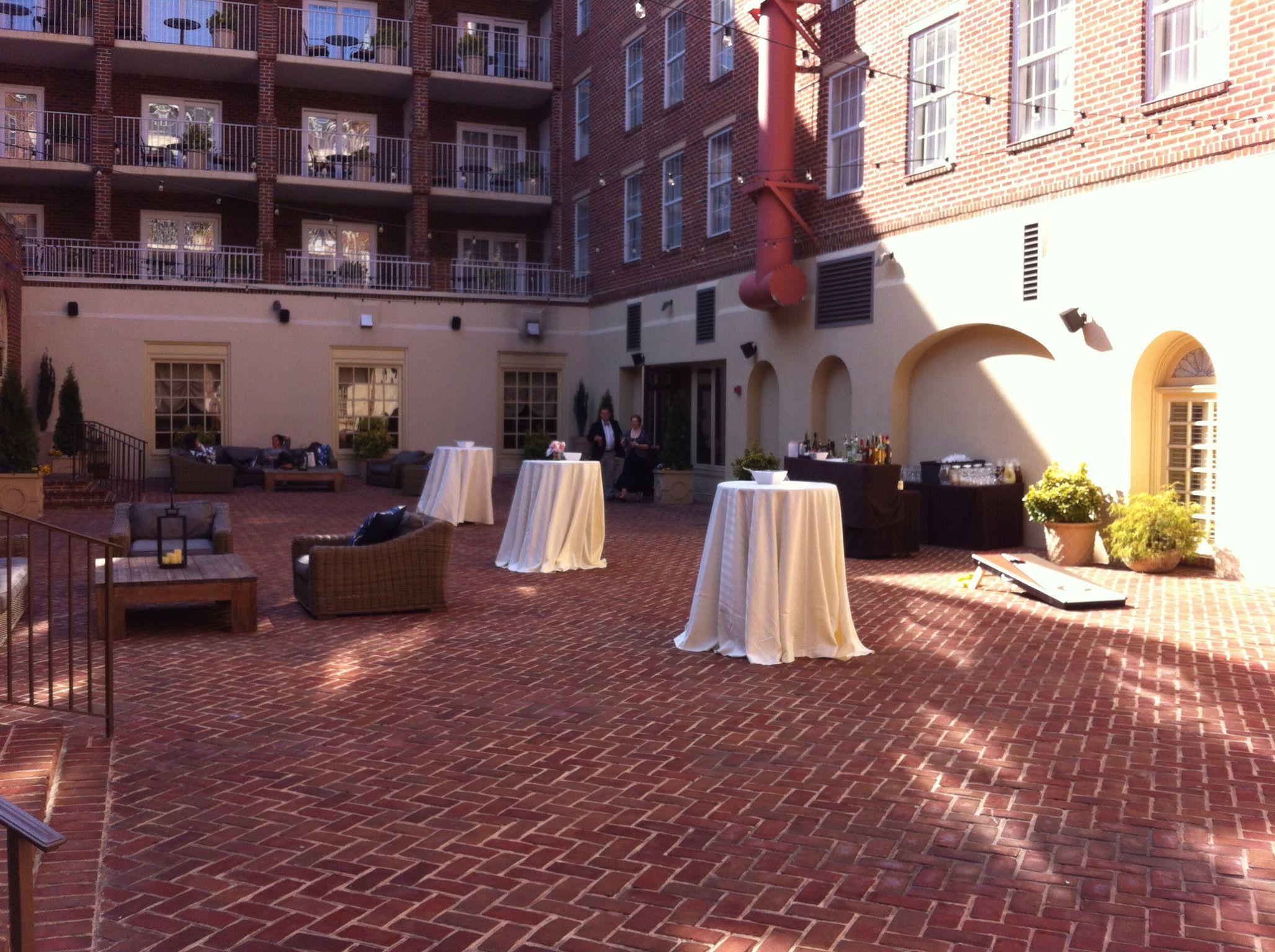 Courtyard Hotel Monaco Alexandria