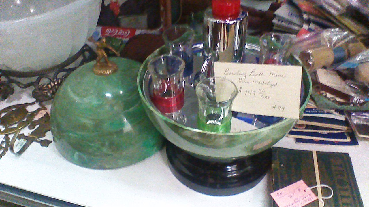 149 95 Vintage Bakelite Bowling Ball Mini Bar Dealer 99 Located At Antique Plaza 114 W Main Mesa Az 480 833 4844 Antique House Vintage Bakelite Mesa Az