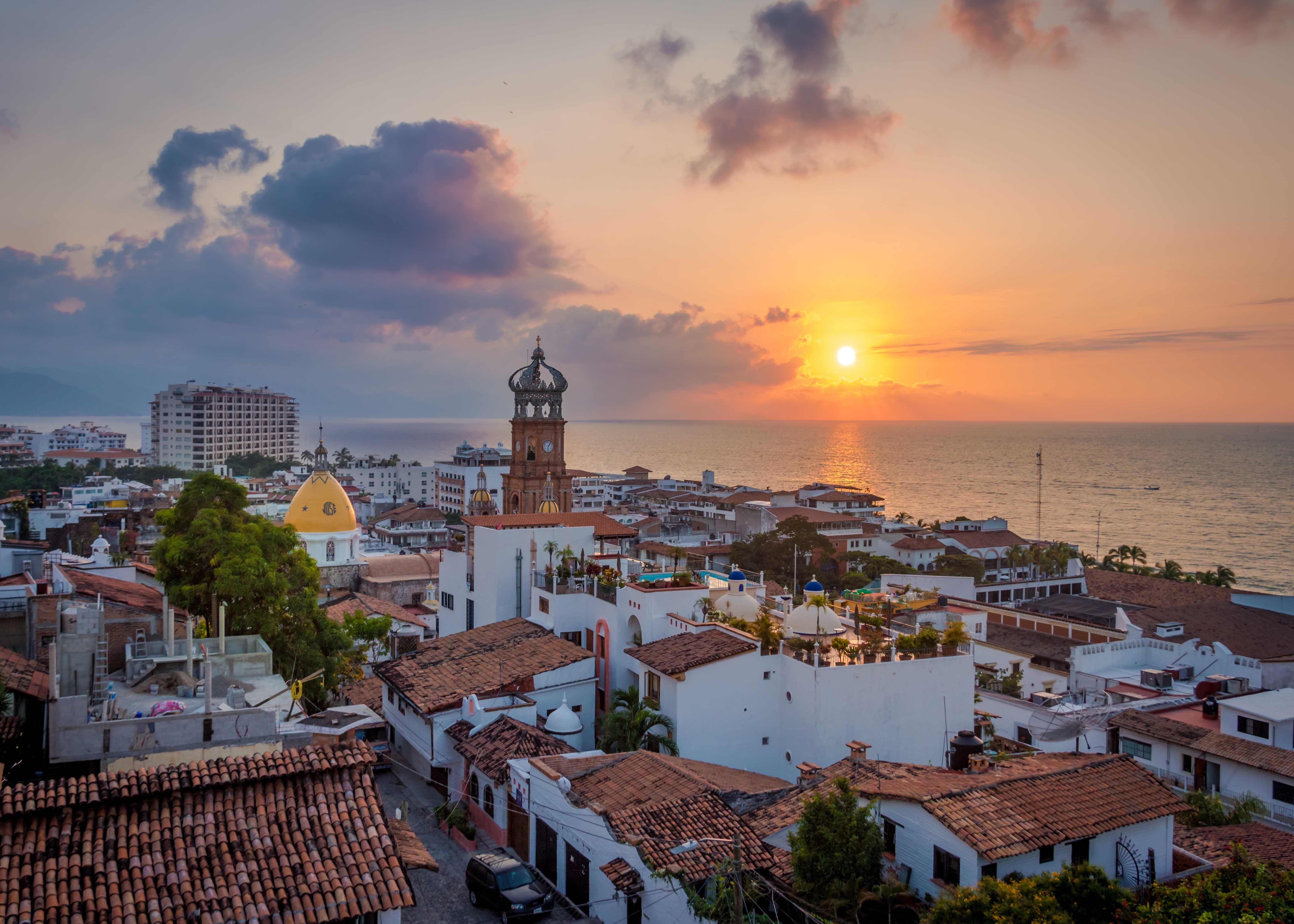 10 Best Things to Do in Puerto Vallarta | SmarterTravel | Puerto vallarta hotels, Puerto ...