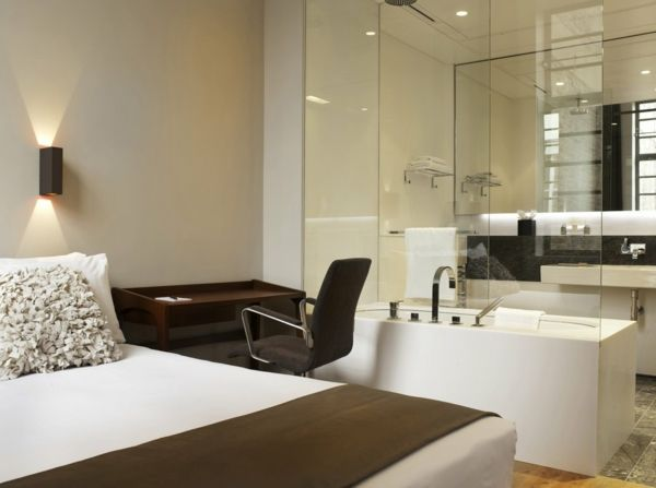 romantisches design mit einer badewanne im schlafzimmer badezimmer pinterest schlafzimmer. Black Bedroom Furniture Sets. Home Design Ideas