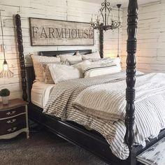 Hooray for Sunday's and sleeping in. #masterbedroom #rustic #farmhouse #therustybee