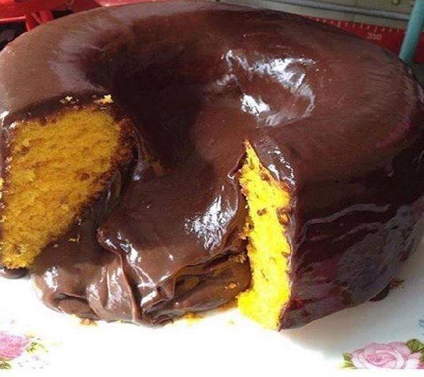 Bolo Vulcao De Cenoura Com Chocolate Bolo De Cenoura Bolo De