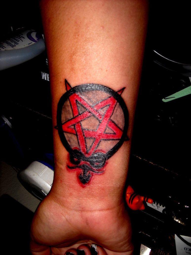 Pentagram Tattoo Bedeutung Und Wo Wird Es Tatowiert Tattoo