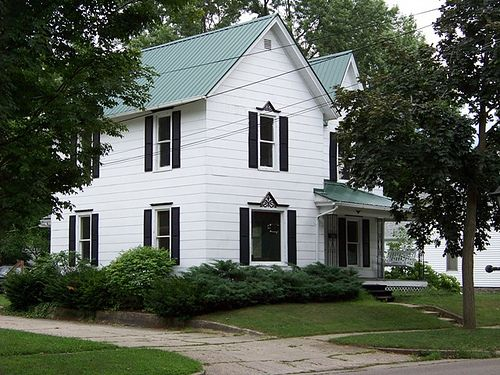 Best Green Roof Black Shutters Victorian Homes House 640 x 480