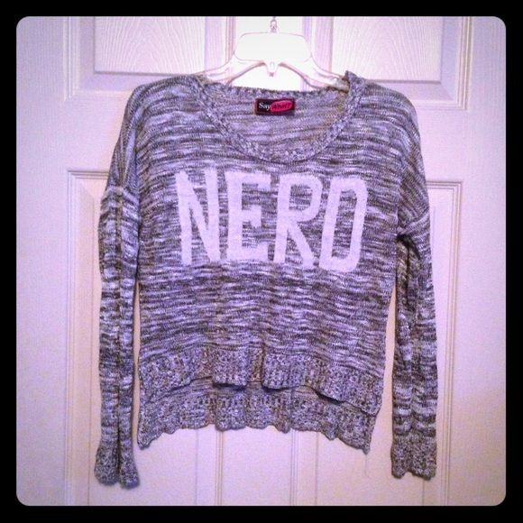 Crop sweater sold in bundle Nerd crop sweater, very soft and comfortable. Black and white. Size medium Sweaters