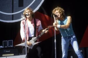 """Former Hard Rock Band Foreigner Reached Its Peak by Mastering Pop Ballads: """"Urgent"""""""