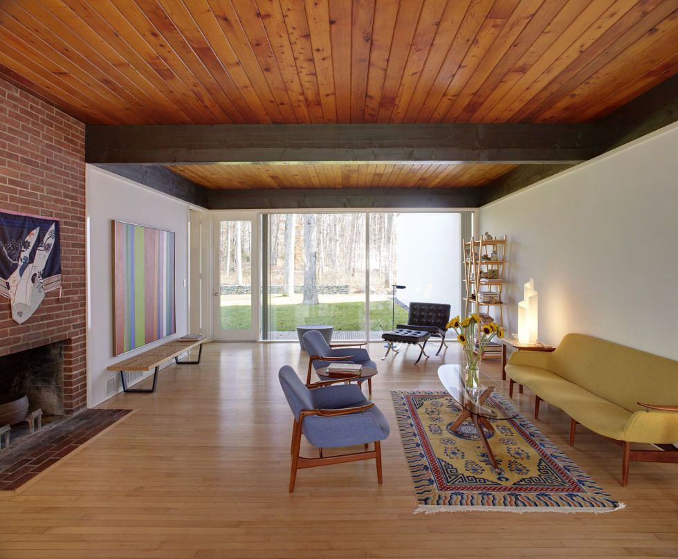 Architect: Hugh Smallen Year: 1962 Renovations in 2003 resulted in living room created from a study, but the space retains the original materials used in the home, which include wooden ceilings and floors.