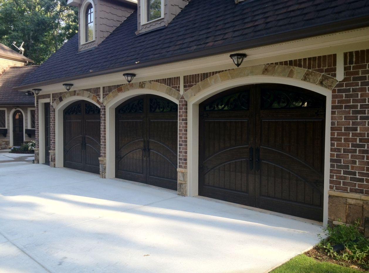 how to paint a garage door black