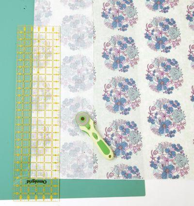 Fussy Cutting Fabric: A Lesson
