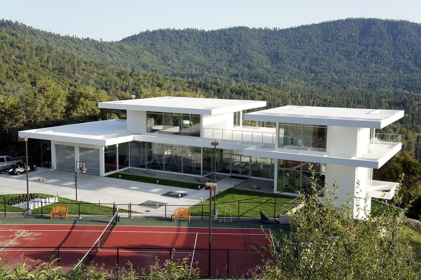 25 Amazing Modern Glass House Design Modern Glass House Modern House Plans Glass House Design