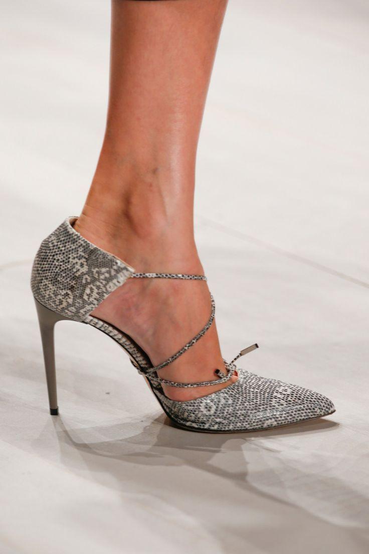Fashion World: Shoes
