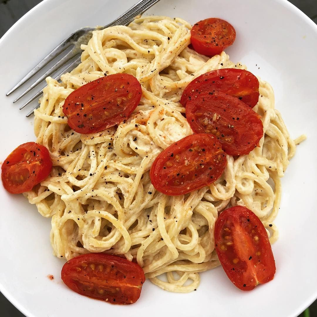 Hannahveg On Instagram Healthy Cheesey Pasta W Tomatoes Cheese Sauce Is Tahini Nutritional Y Grape Nutrition Pizza Nutrition Facts Nutrition Meal Plan