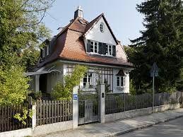Bildergebnis für haus mit mansarddach sanieren | Architecture ...