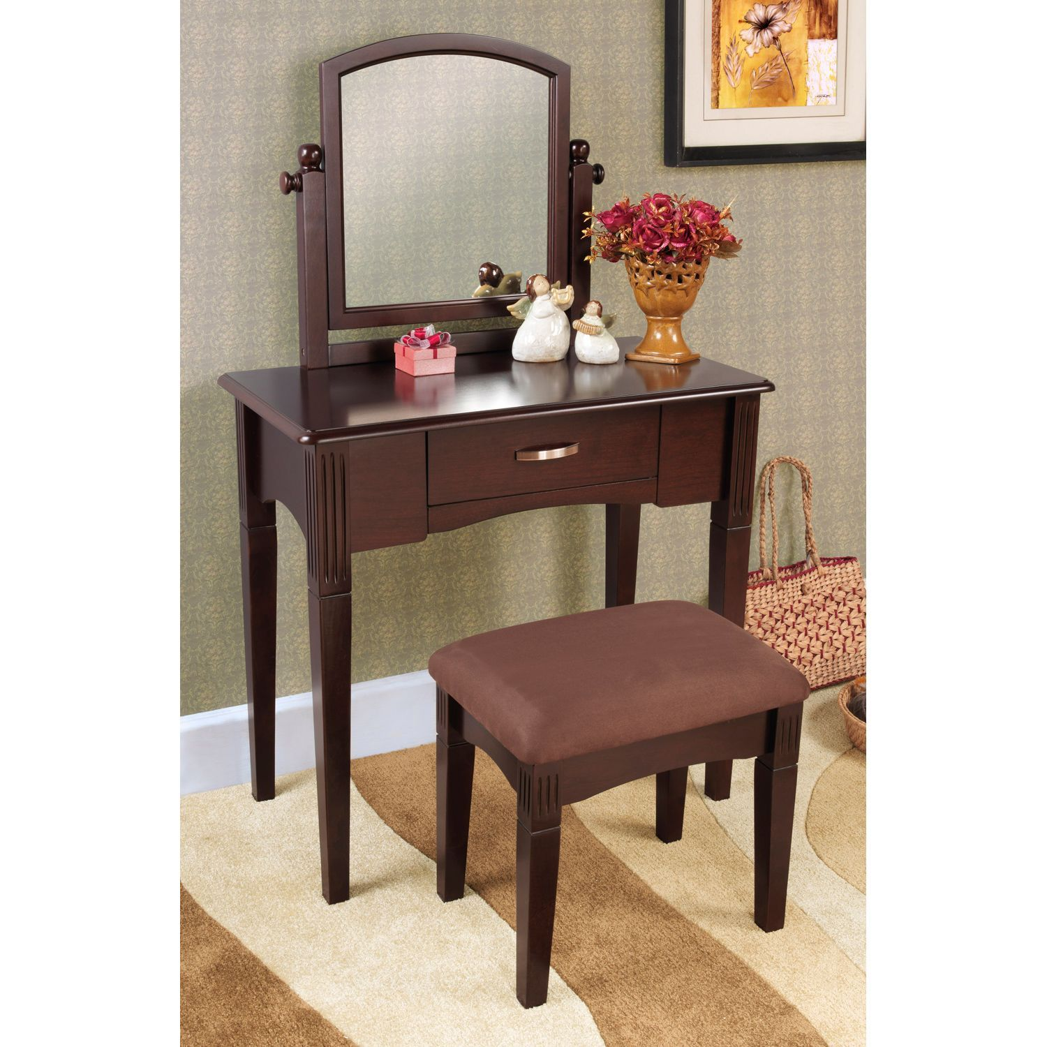 This Three Piece Vanity Set With An Espresso Finish Is A Great