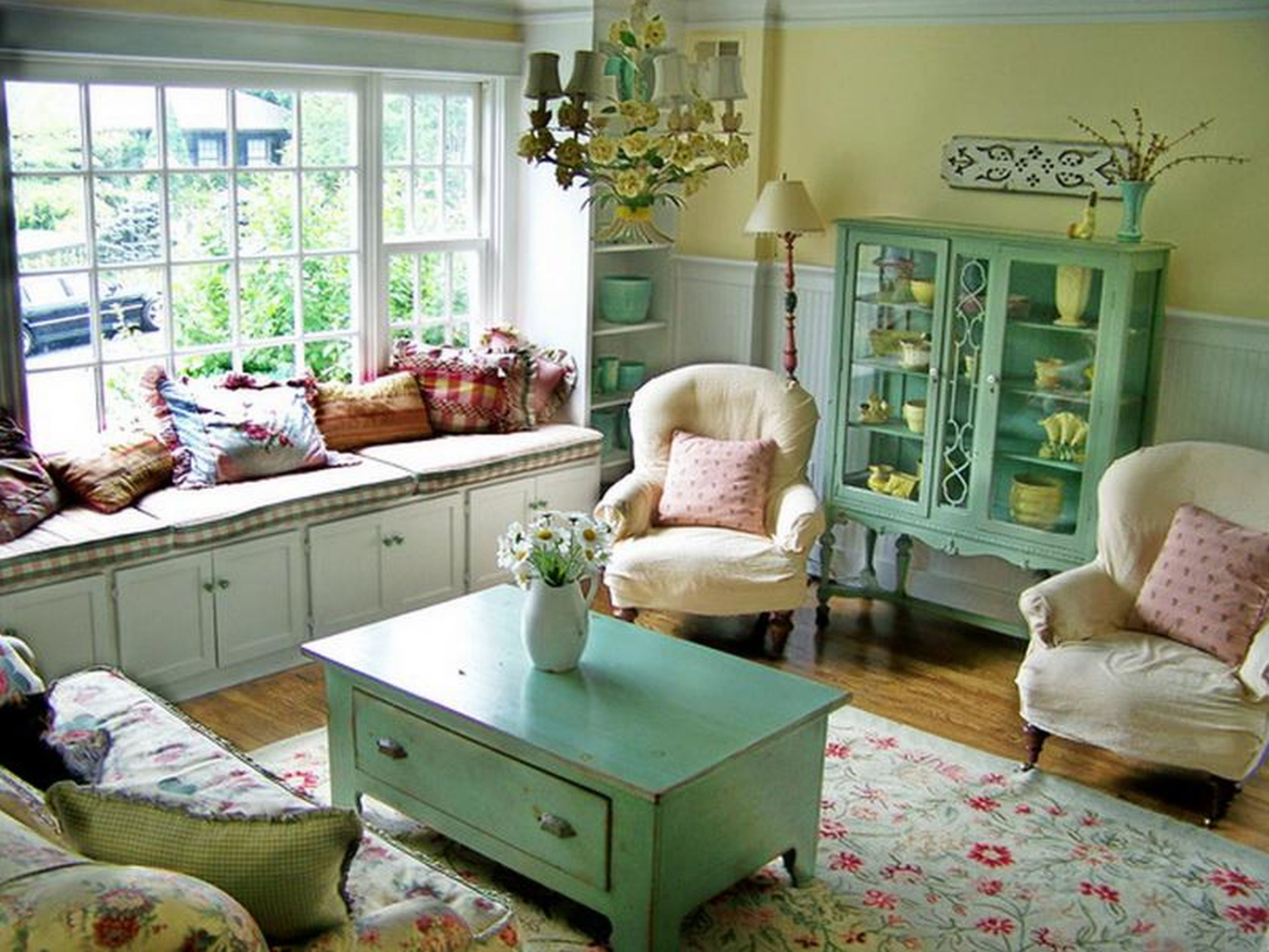 Inspiring 35 Gorgeous Vintage Living Room Designs For Guests To Be Amazed Https Cottage Decor Living Room Cottage Style Living Room Living Room Decor Country Decorating cottage living rooms