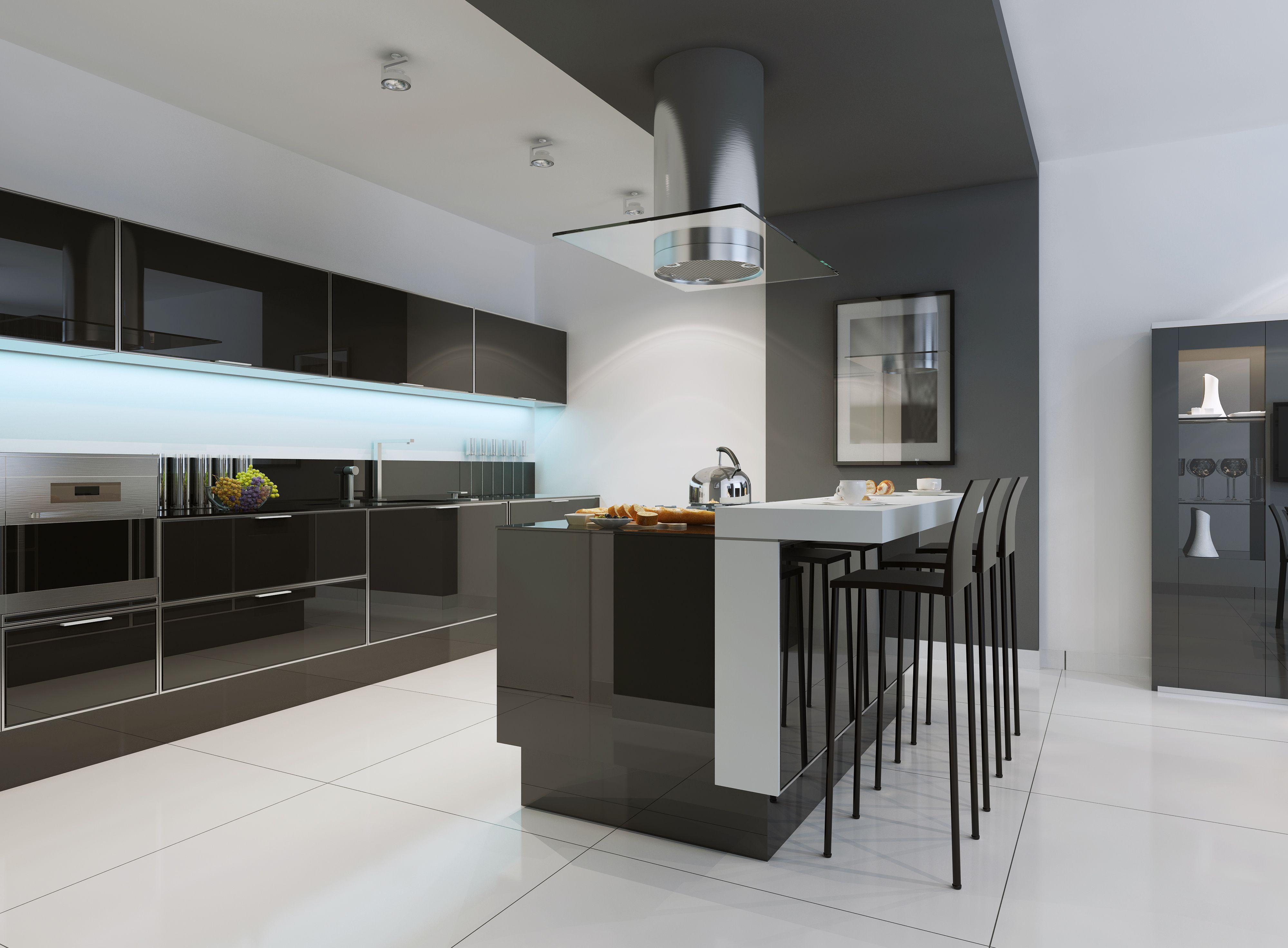 Nowoczesna otwarta bia o czarna drewniana kuchnia na for Cocinas minimalistas
