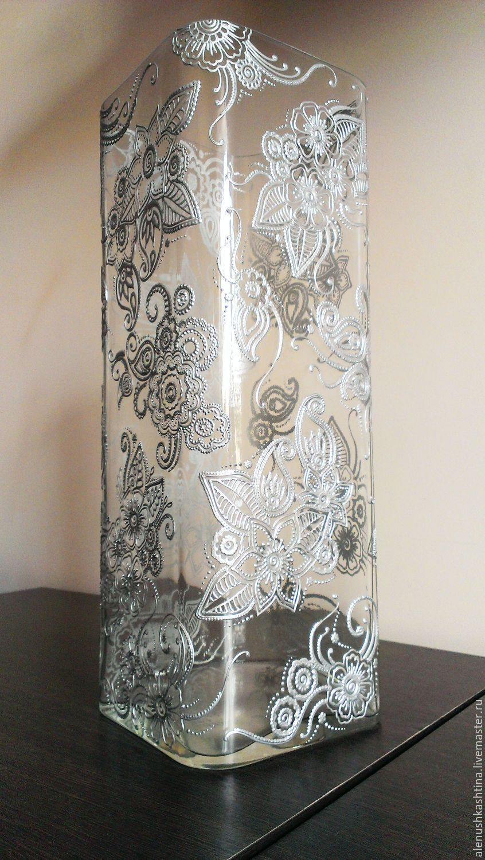 Декор стеклянных ваз цветами