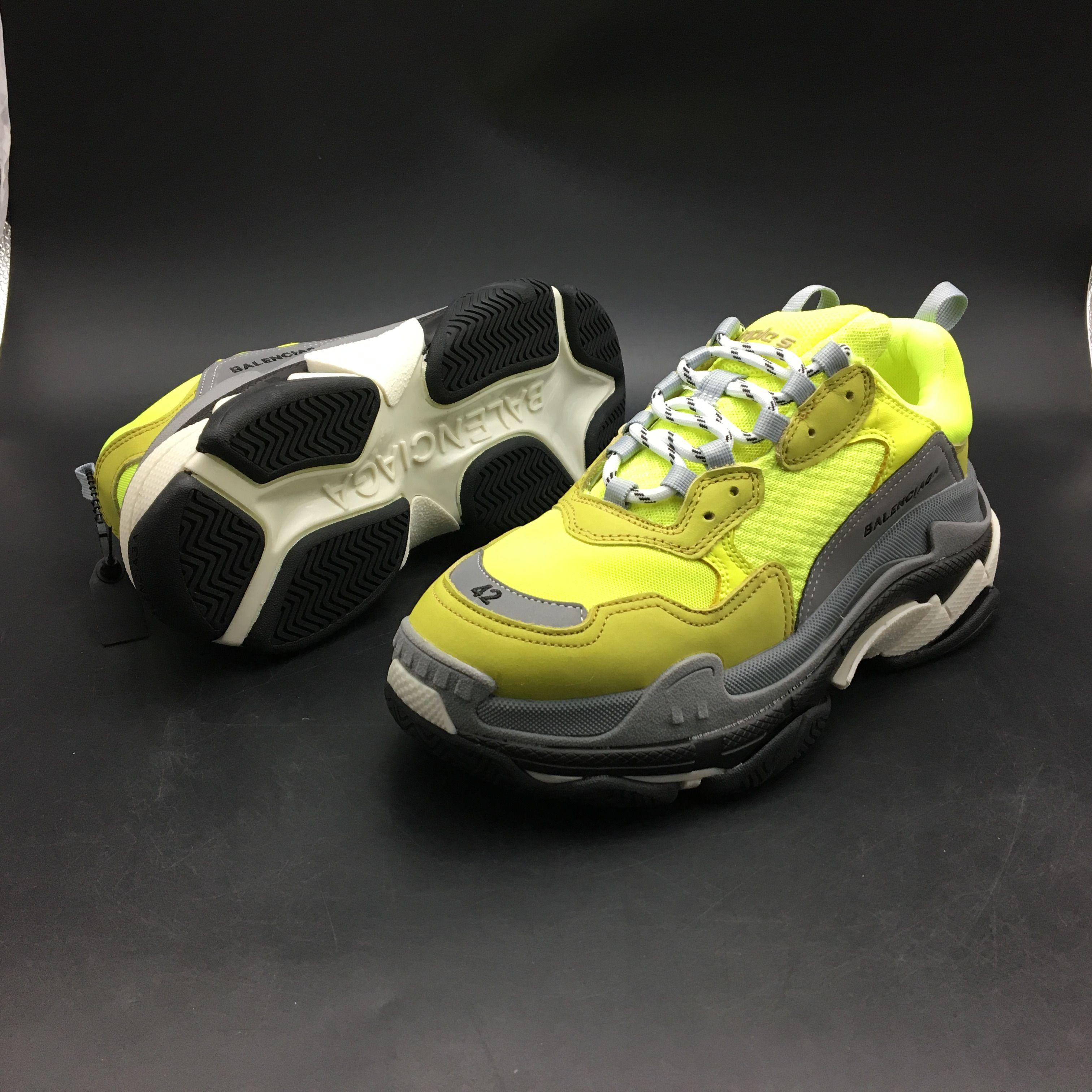 1b7b0decf BALENCIAGA WMS Sneakers Triple S Neon Yellow 512175W09O47320 –  www.hookicks.com