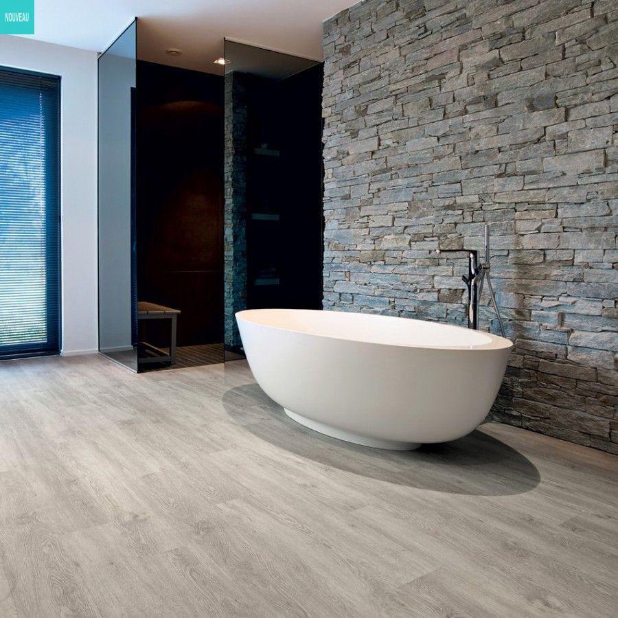 La bonne ide dco  du parquet gris dans votre salle de bain pour un rsultat pur   idees