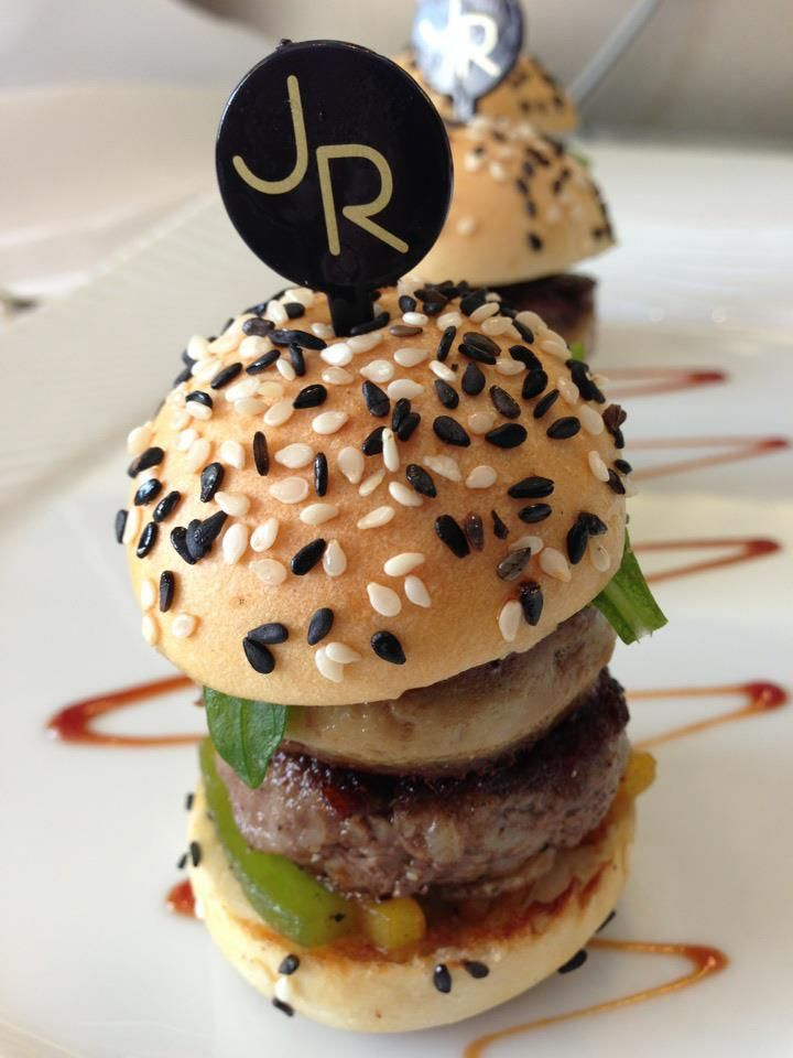 mini burger au foie gras po l de jo l robuchon para mi cocina pinterest foie gras. Black Bedroom Furniture Sets. Home Design Ideas