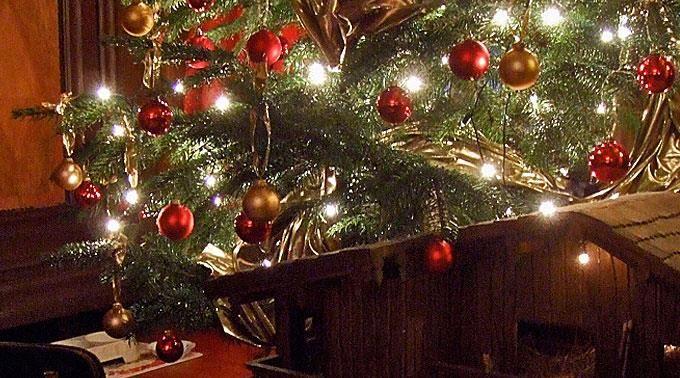 Weihnachten gilt als das Fest der Feste. #binfo #marketing #e-mailmarketing