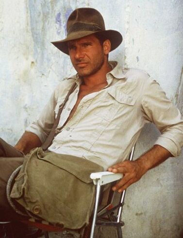 Harrison Ford As Indianajones Behind The Scenes On Raiders Of The