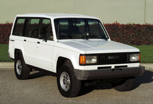 California Original 1990 Isuzu Trooper 4x4 100 Rust Free One Owner Runs A Trooper 4x4 The Originals