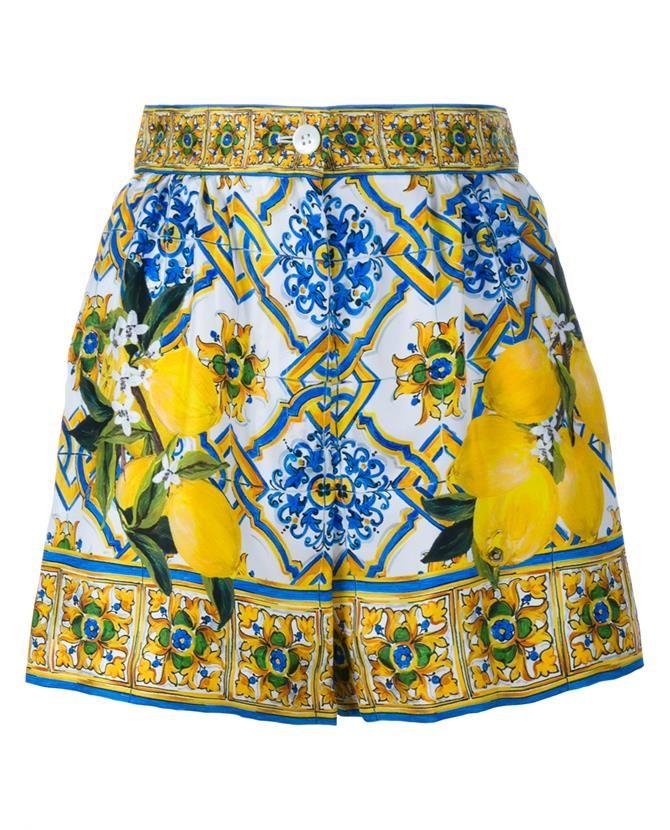 DOLCE   GABBANA Maiolica Lemon Print Silk Shorts  24569c4173f