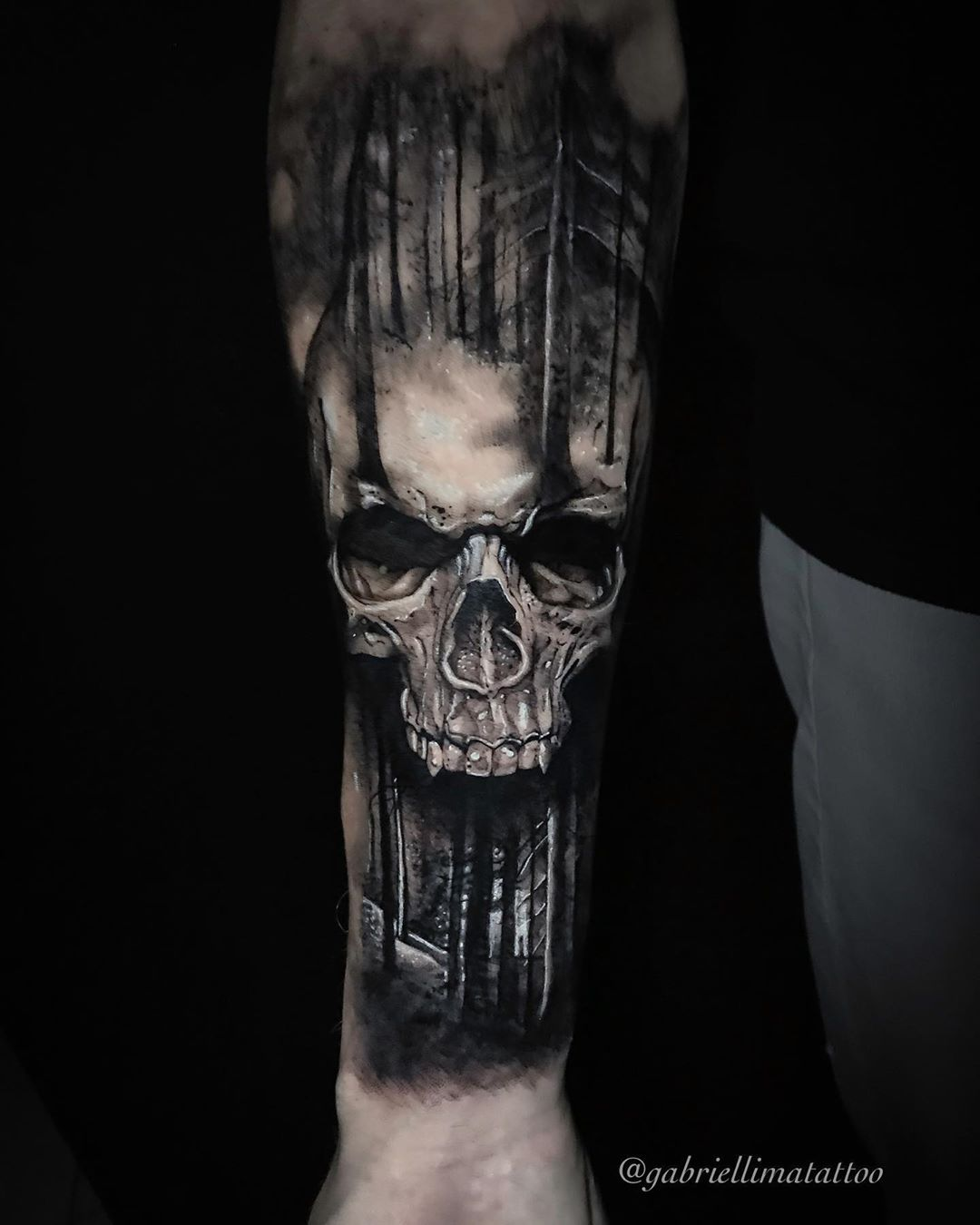 Obrigado a todos que confiam em meu trabalho. ☎️ Orçamentos e agendamentos através do WhatsApp (11)93094-2455.  #art #bishop #bishopbrasil #blackandwhite #blackandwhitetattoo #cheyenne #equilattera #gabriellimatattoo #inkgroundtattoo #inspiration #inked #inpiredtattoos #kwadron #loucostattoos #mogidascruzes #realism #tattoo #tattoos #tattooartist #tattoodo #tattoo2me #tattoo2us #tattoorealism #tattooinspiration