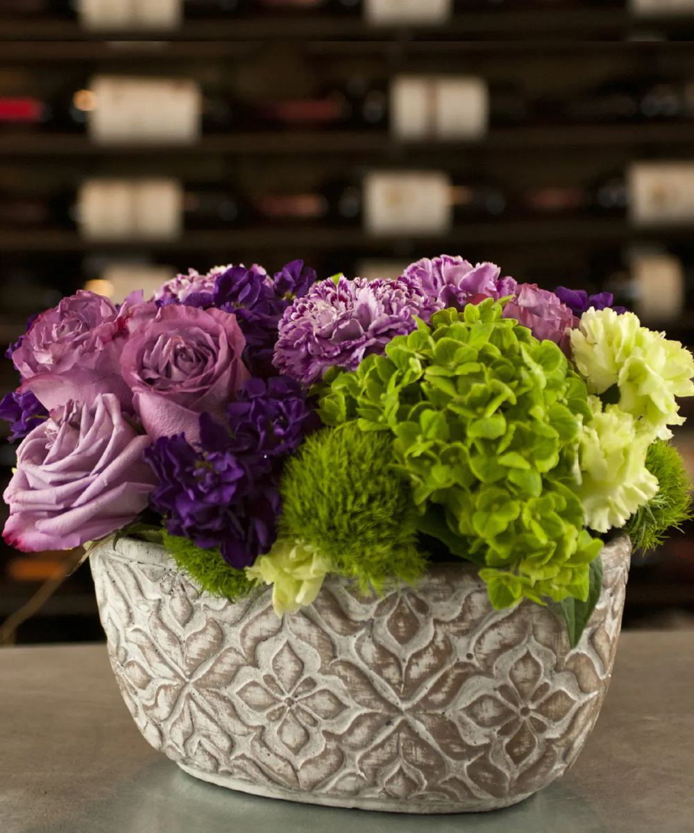 Violette In 2020 Ecuadorian Roses Lavender Color Spring Flowers
