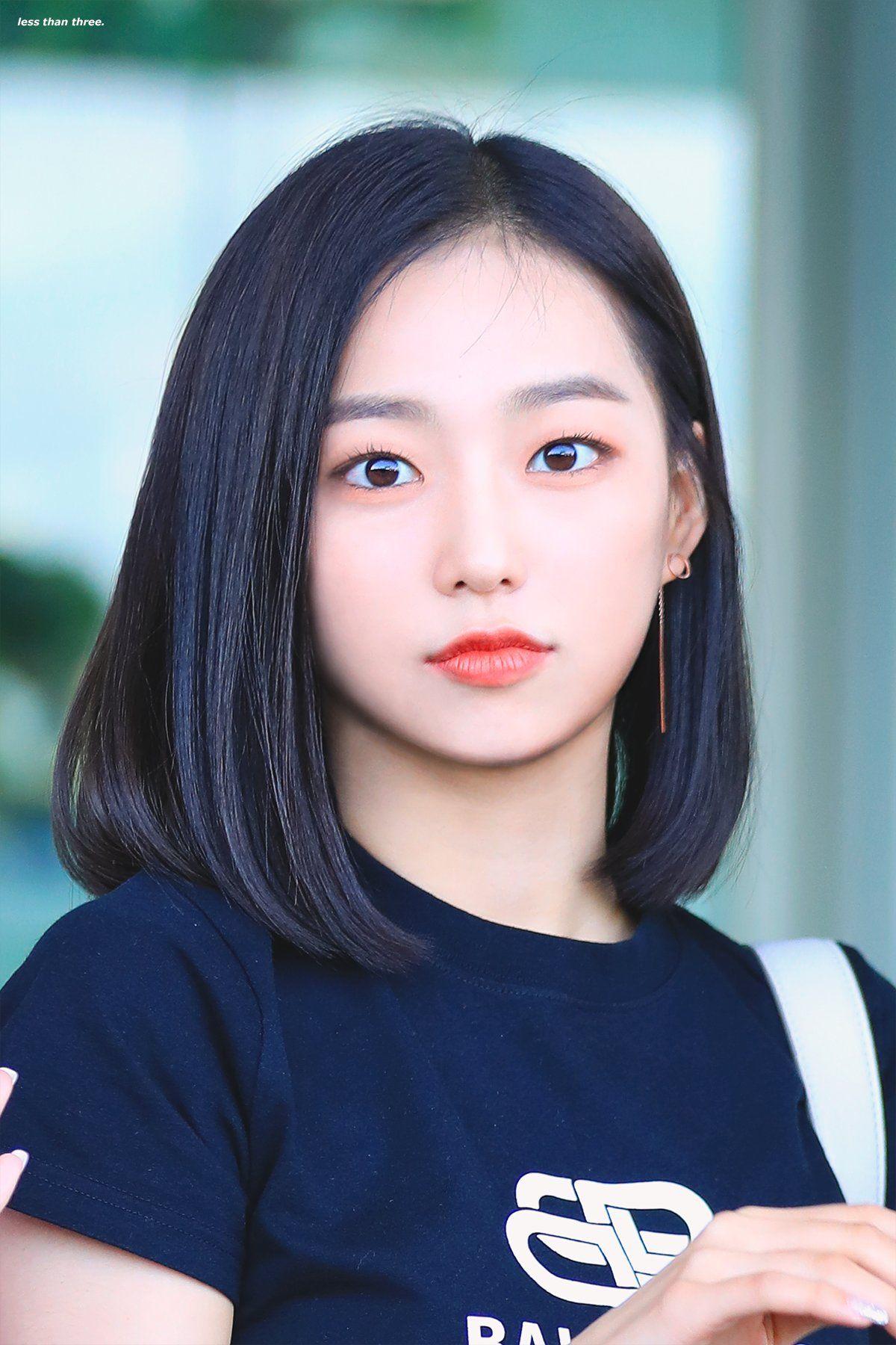 Pin By Makayla Hsu On K Pop Idol Kpop Short Hair Short Hair Pictures Girl Short Hair