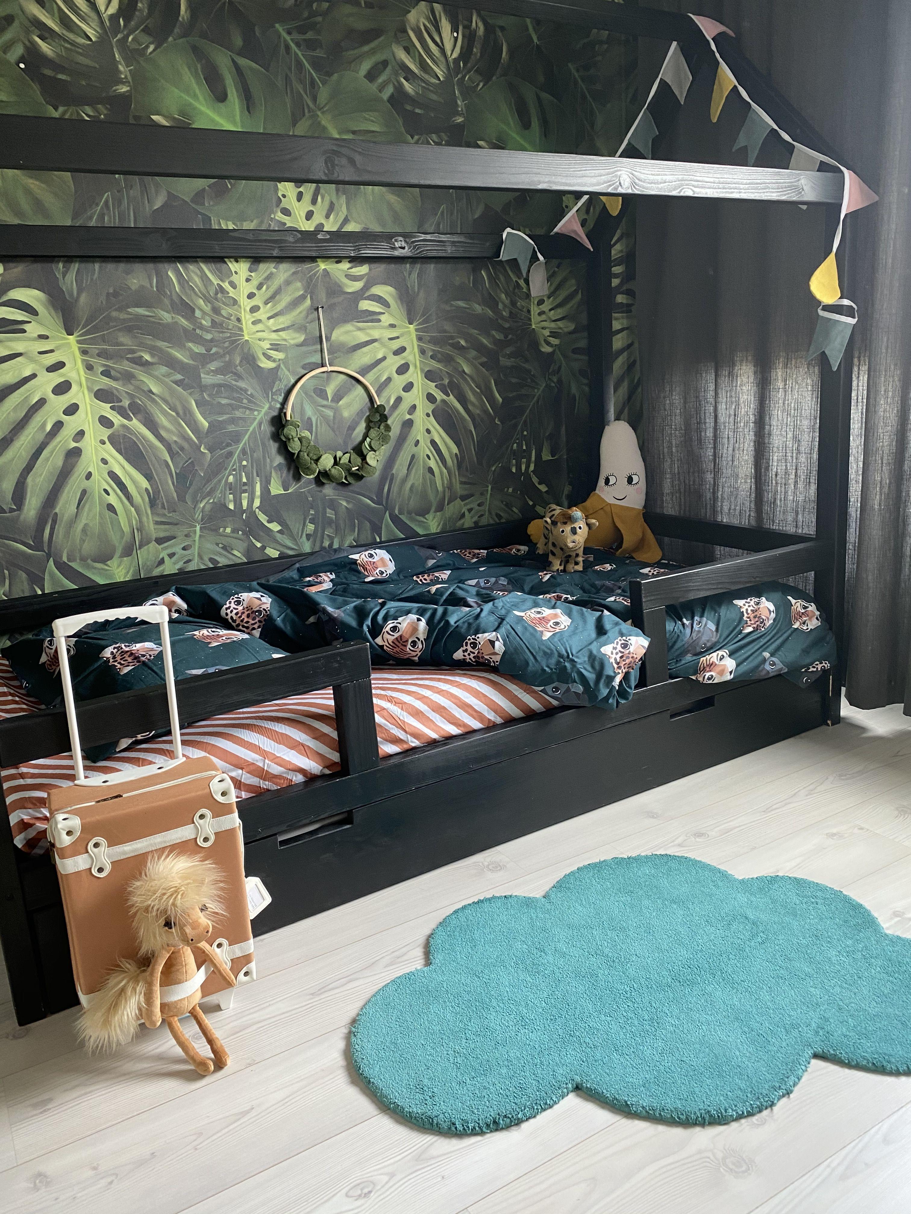 Jungle Kamer By Klein En Stoer Kinderkamer Bed Kinderkamer Ideeen Slaapkamer Kinderen