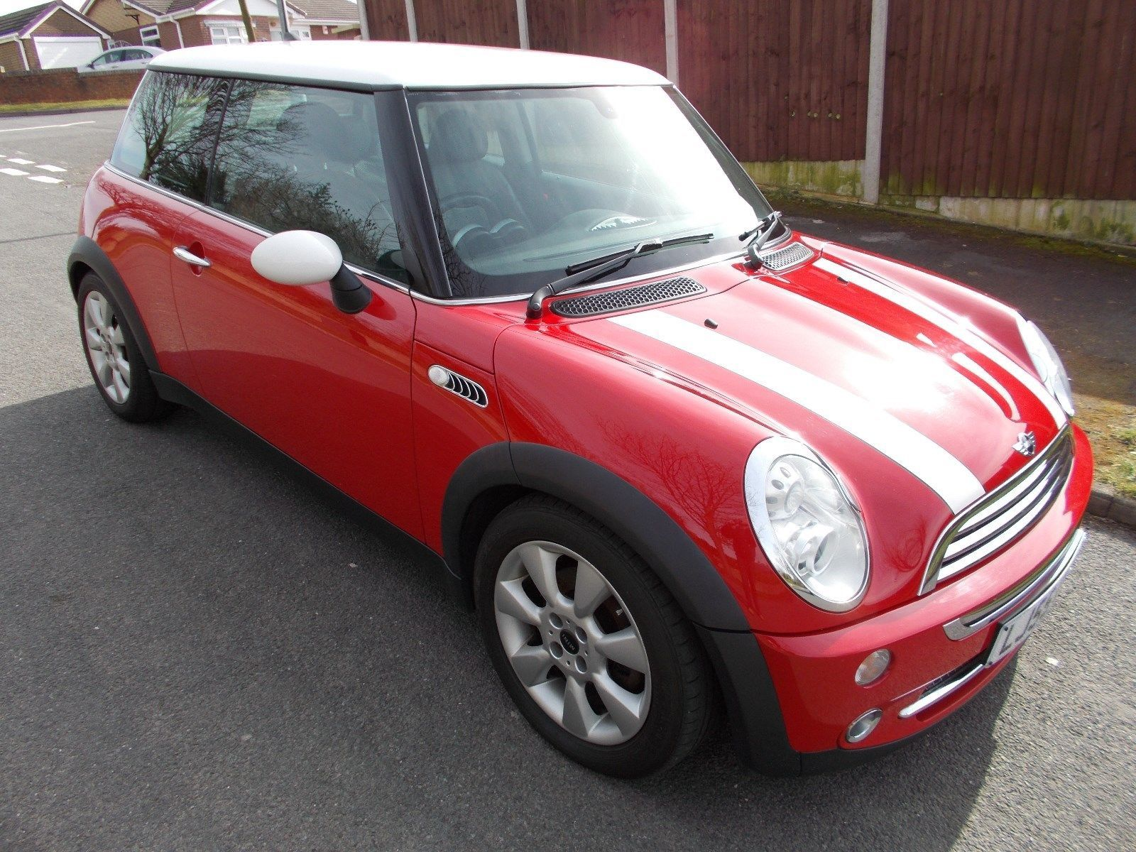 Ebay Mini Cooper 1600 2005 55 Plate Red White Black Leather Seats Stunning